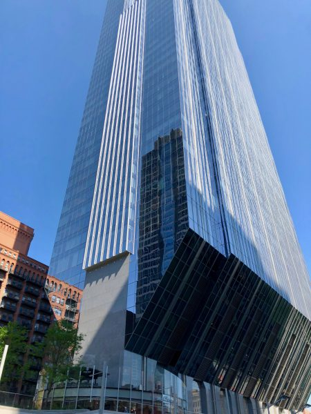 The 150 North Riverside Plaza building ends in a triangular bottom. It sits along the Chicago River.